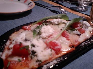 ZUPPAのピザ